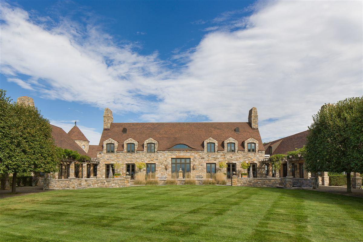 Folly Farm mansions