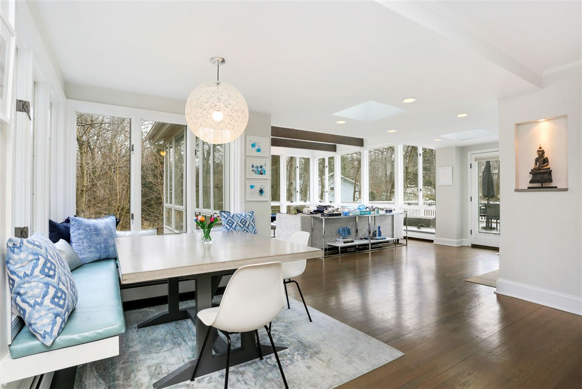 Luxury homes hip and stylish Colonial