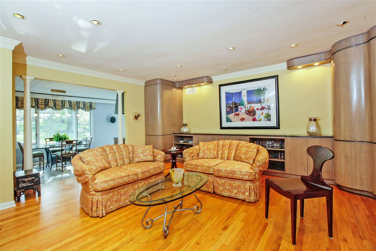 Luxury homes Lovingly maintained spacious sun drenched home