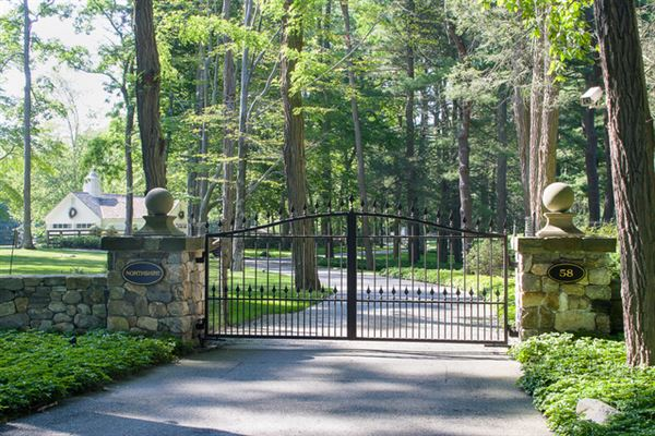 Built In 1934 For A Woolworth Heir New York Luxury Homes