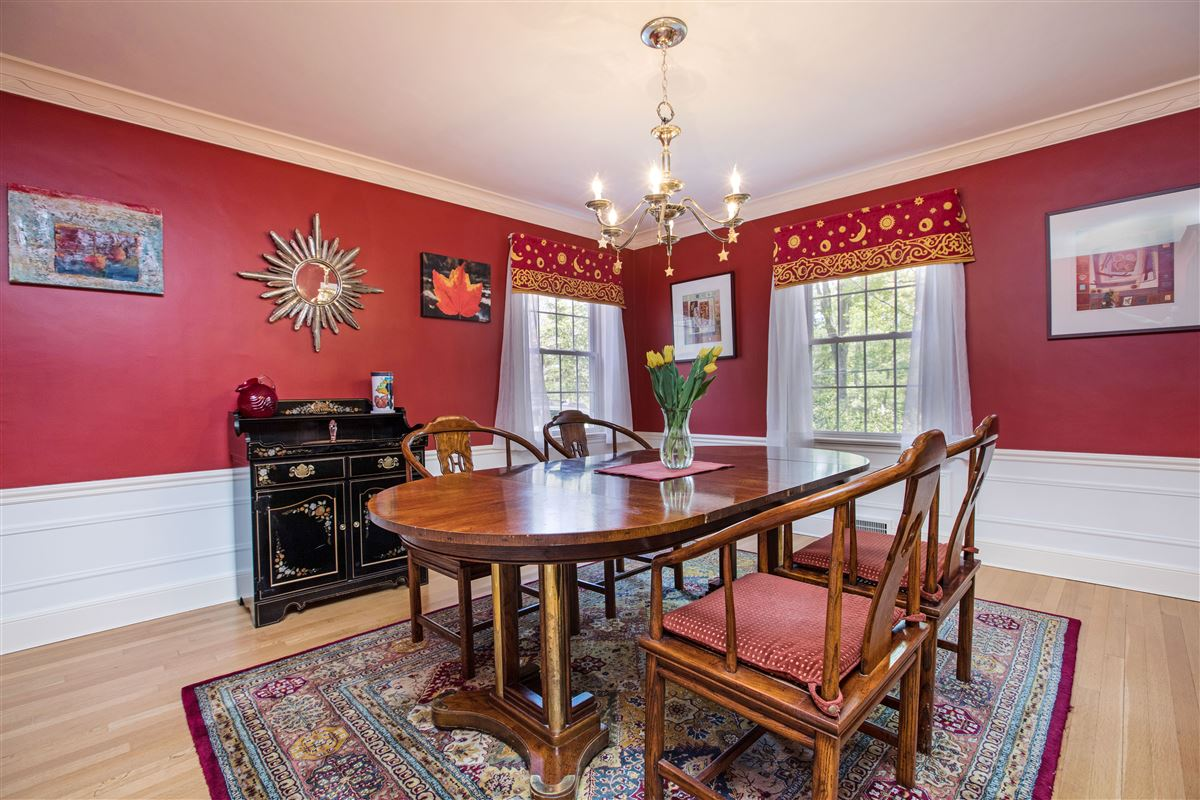 modernized classic colonial in mint condition luxury real estate