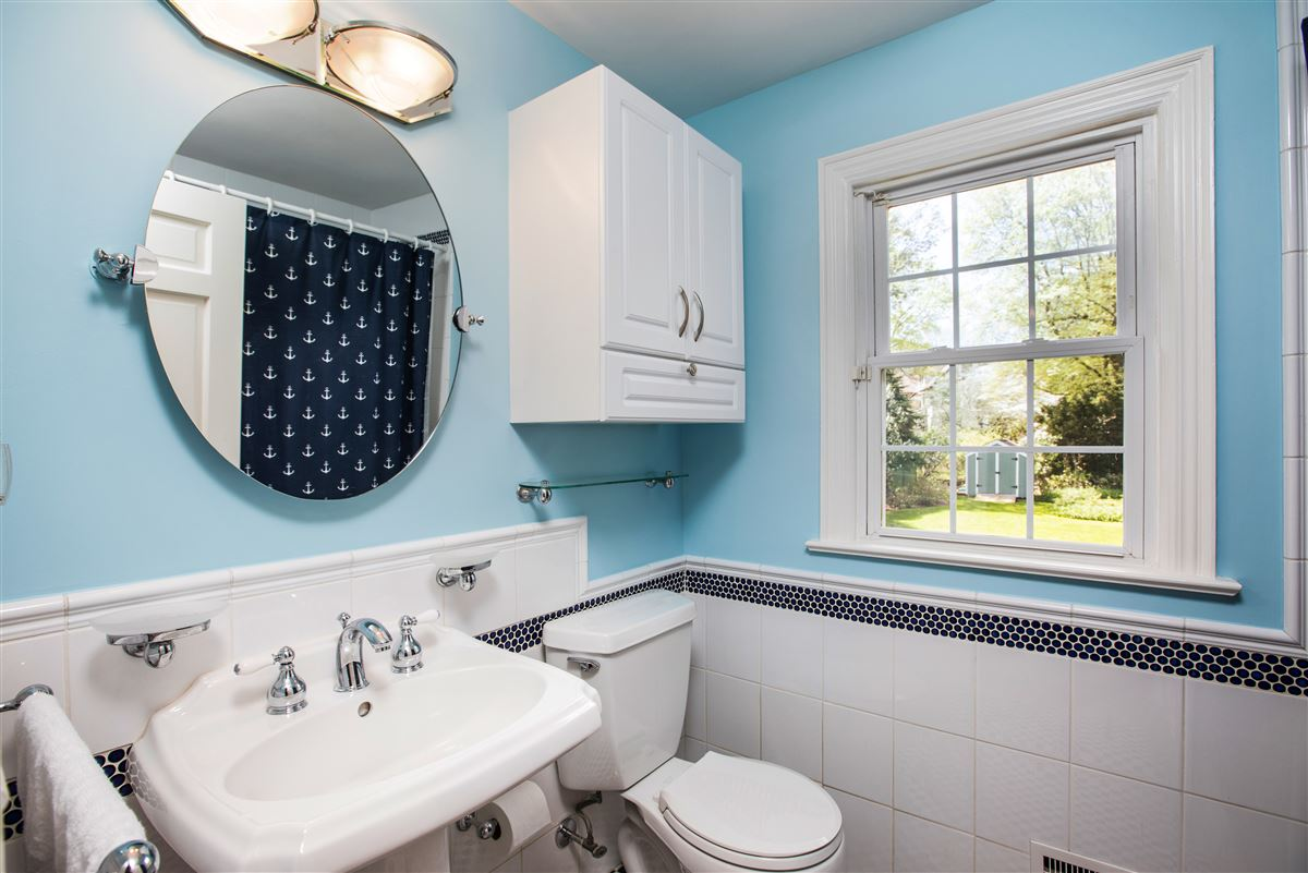 Luxury real estate modernized classic colonial in mint condition