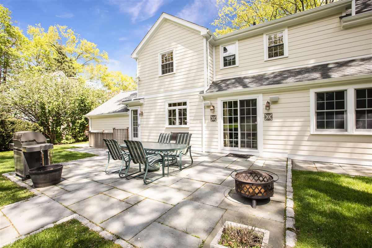 Luxury homes in modernized classic colonial in mint condition