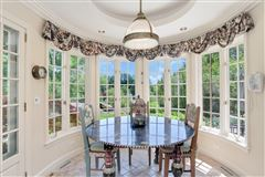 Luxury homes English stone Manor