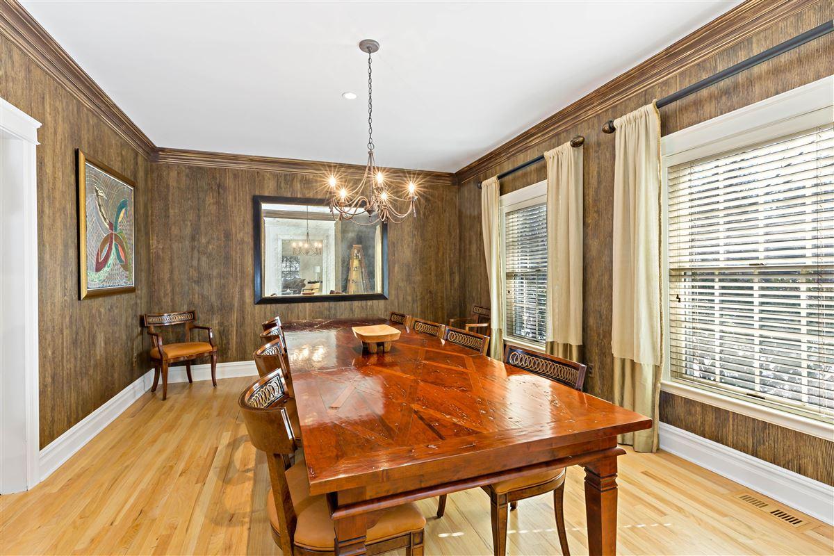 Luxury properties move in ready