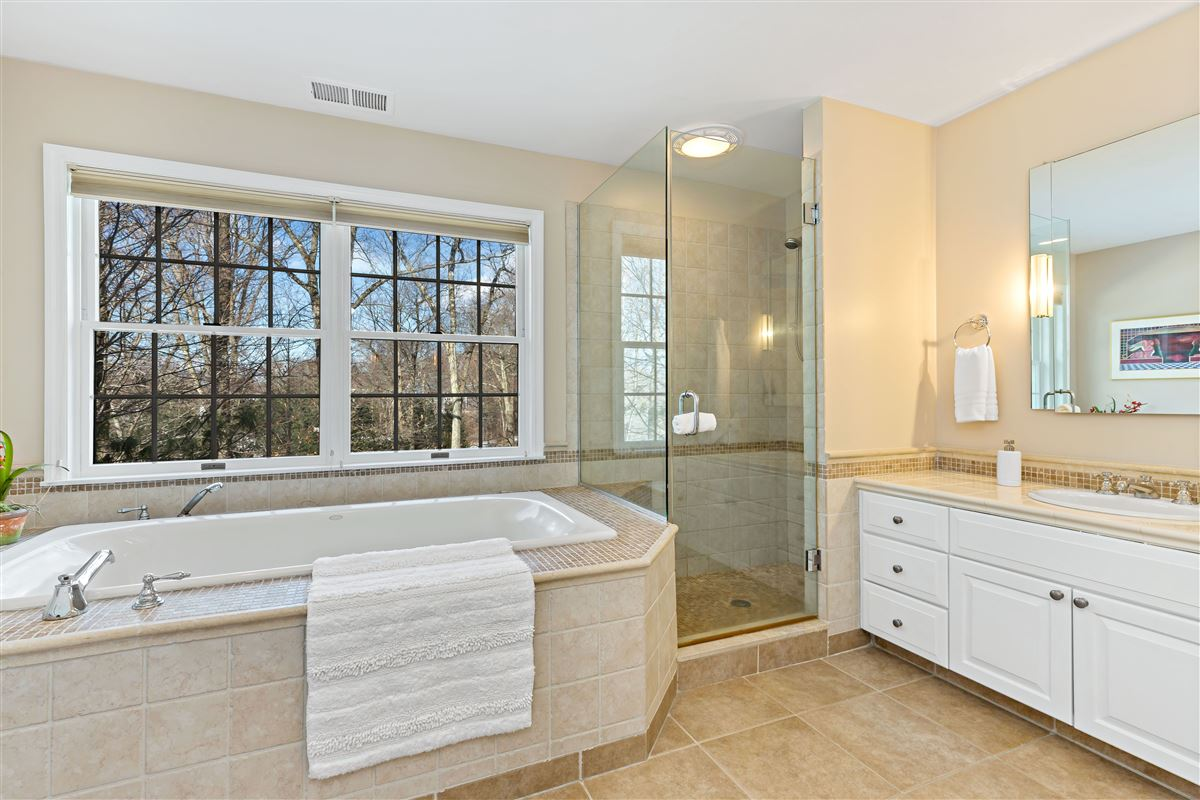 Luxury homes in move in ready