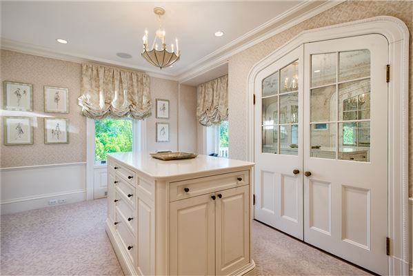 Luxury homes Belle Haven Fairholme Estate