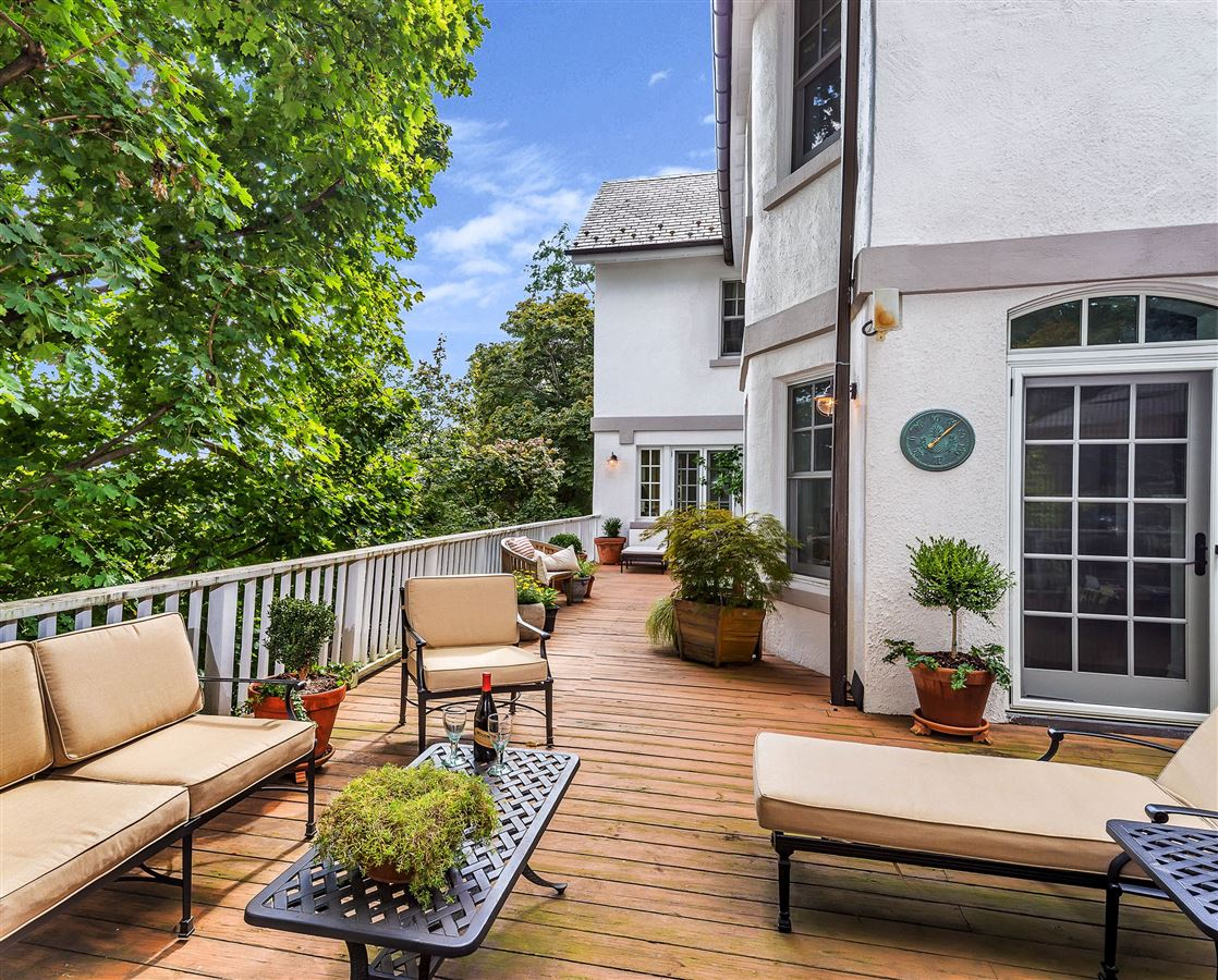 stunning manor home luxury real estate