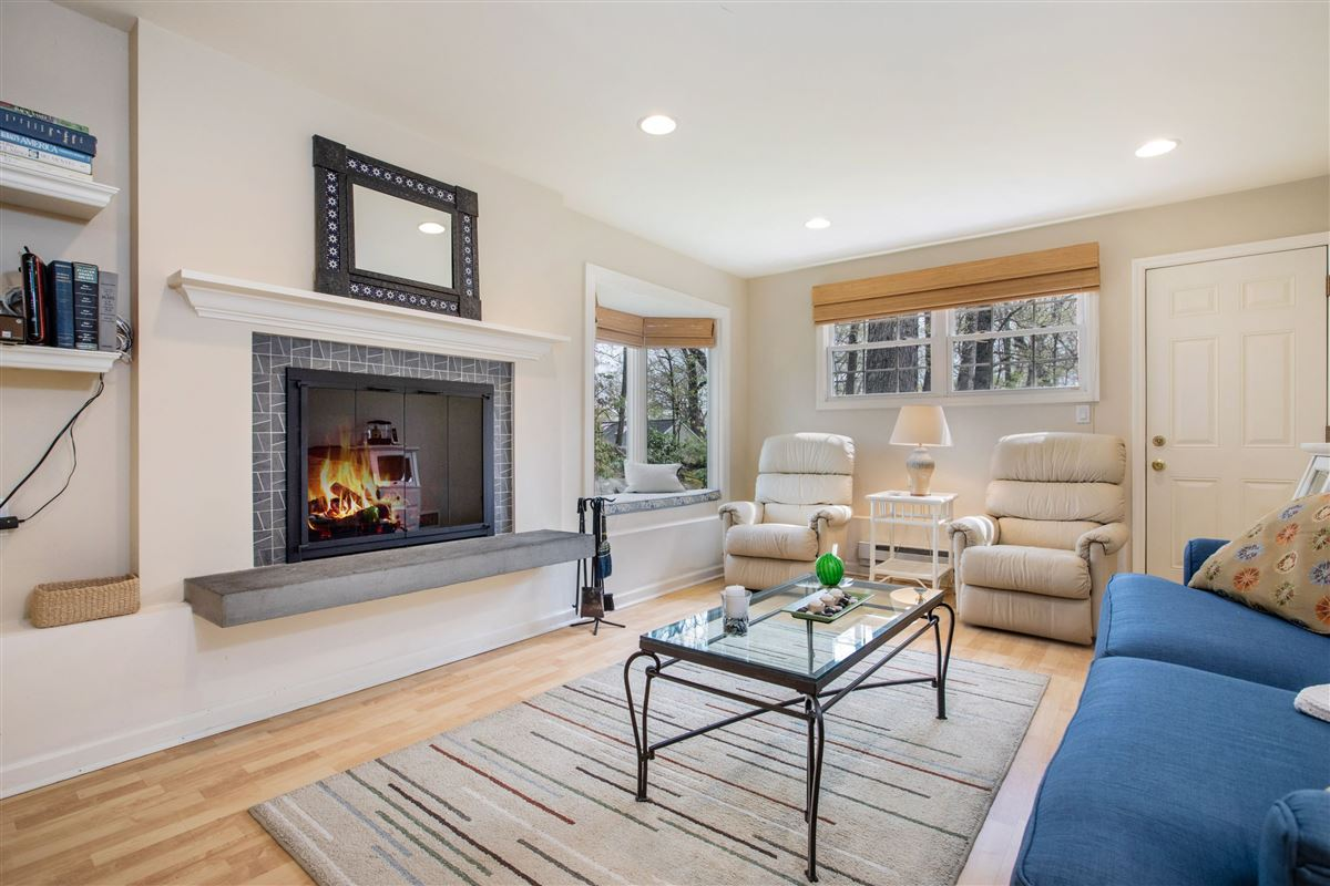 Luxury homes Stylish and renovated home offers a deck and backyard