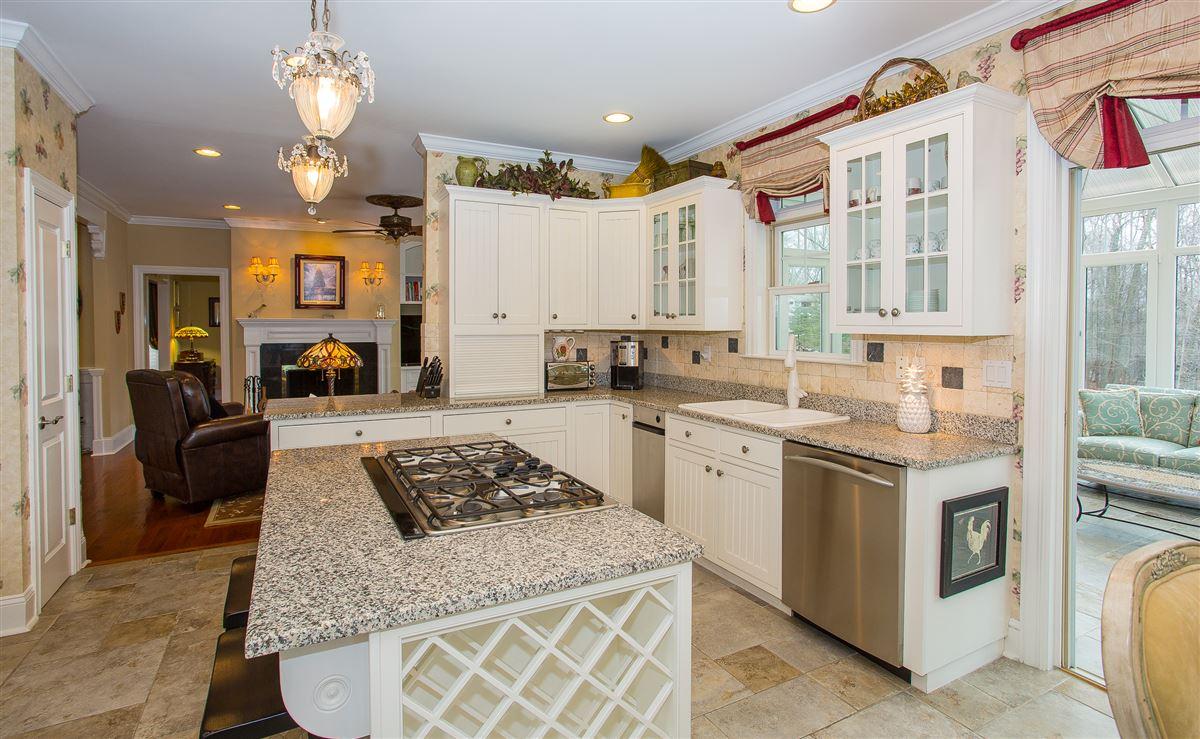 luxurious lifestyle in Cortlandt Manor luxury real estate