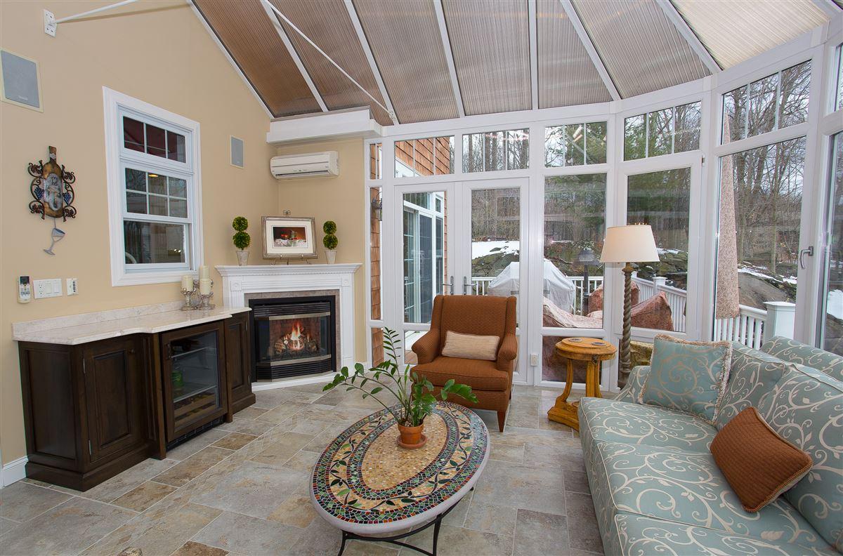 luxurious lifestyle in Cortlandt Manor luxury properties