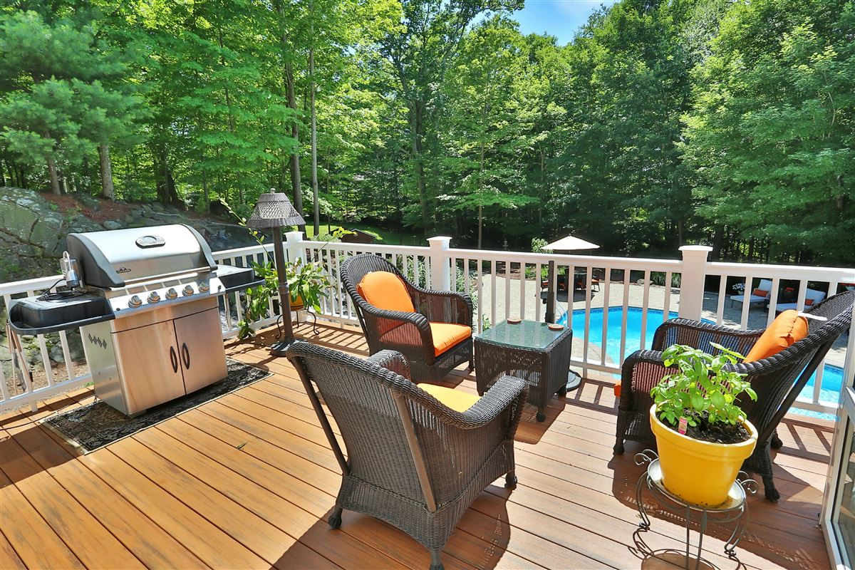 Mansions in luxurious lifestyle in Cortlandt Manor
