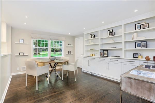 Coveted mid-country colonial in greenwich mansions