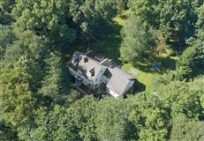 Mansions Coveted mid-country colonial in greenwich