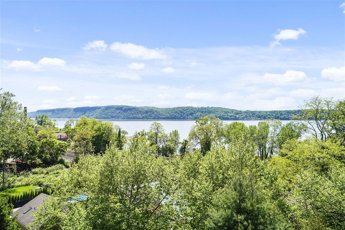Mansions in a riverfront unit at The Landing in Dobbs Ferry