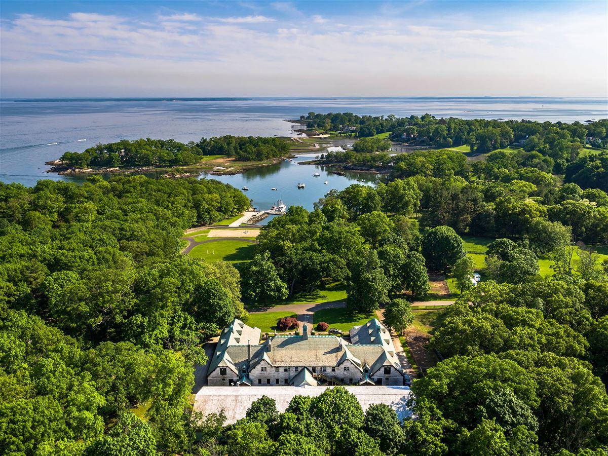 GREAT ISLAND luxury properties