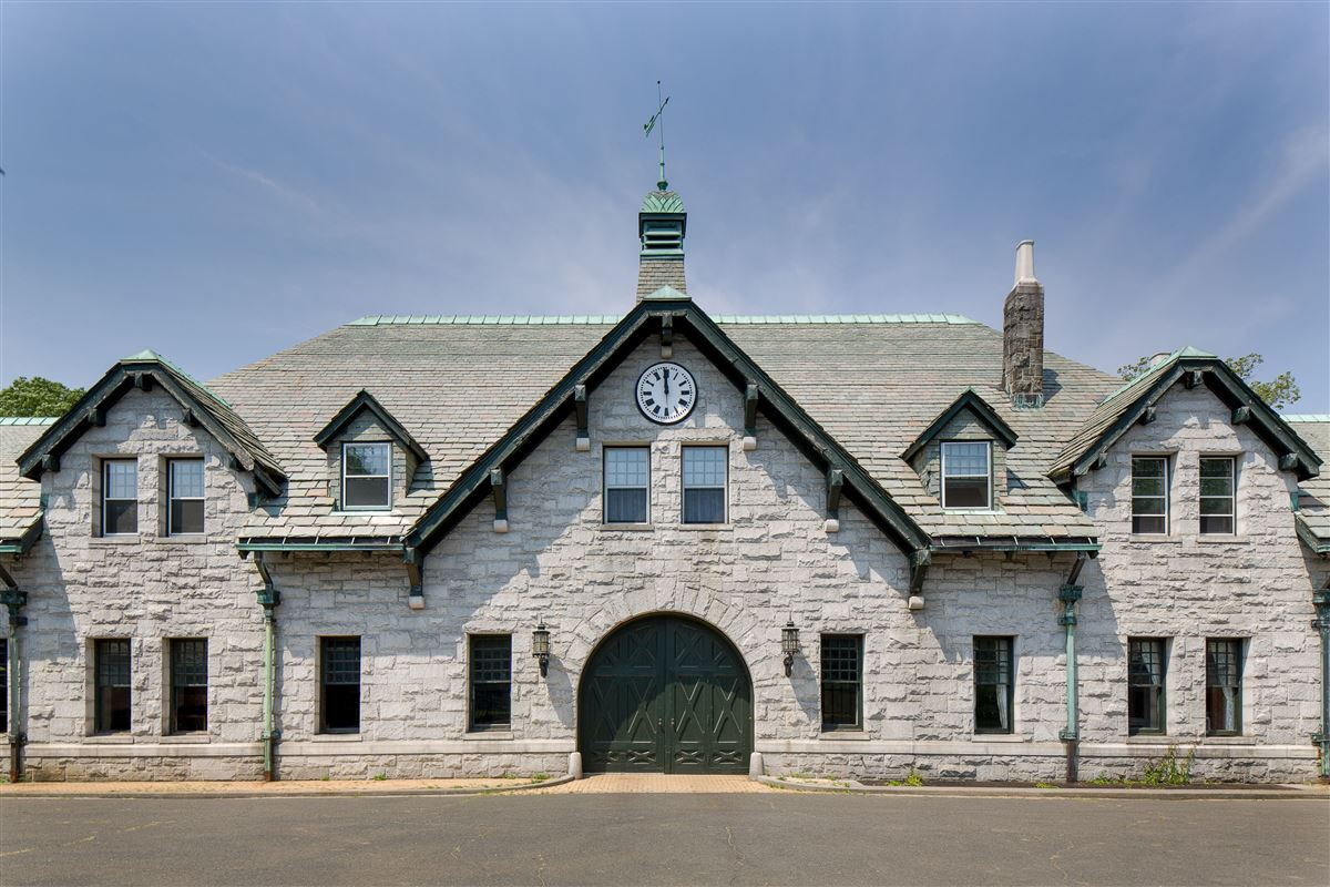 Luxury homes in GREAT ISLAND