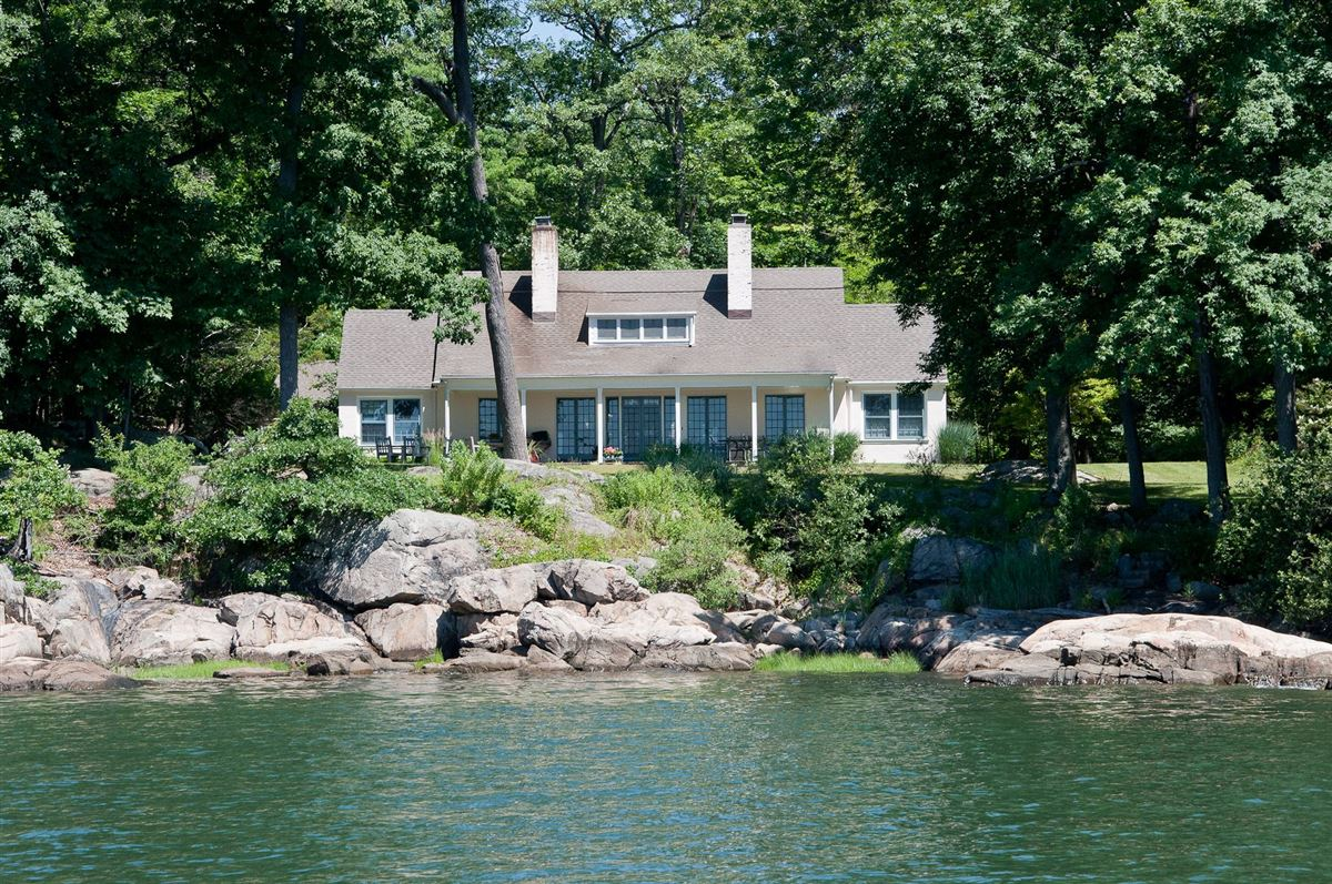 GREAT ISLAND luxury real estate