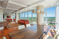 Luxury homes luxurious ritz carlton residences