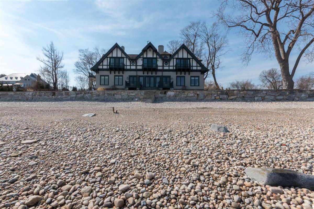 stunning waterside oasis luxury real estate