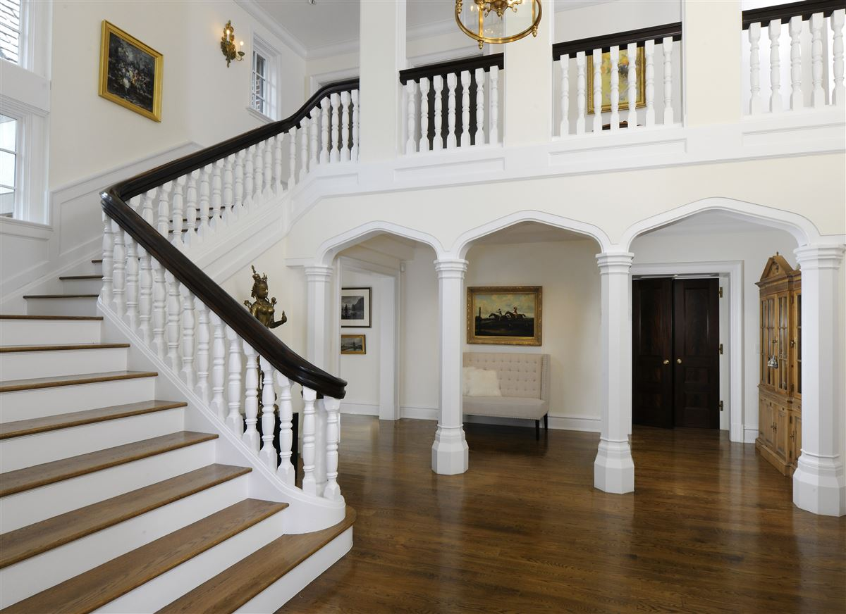 magnificent English Manor luxury real estate