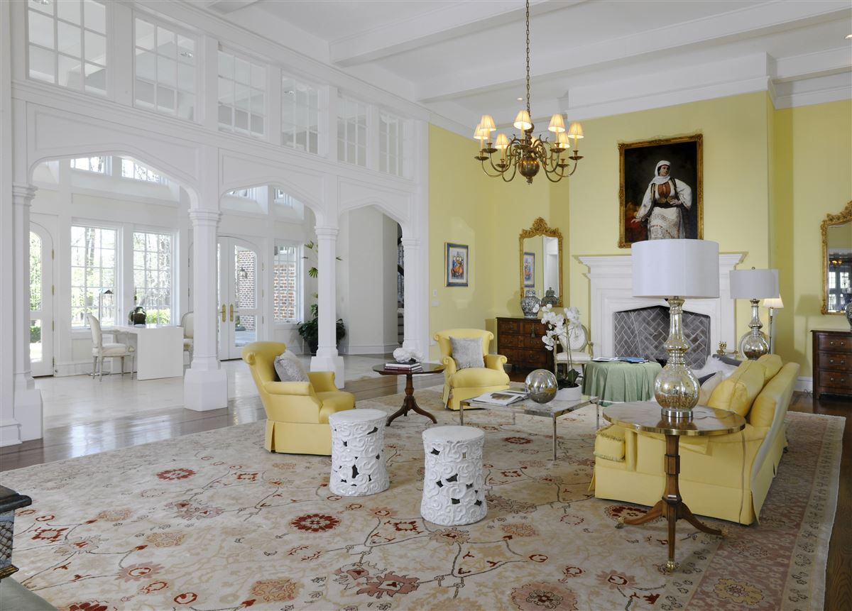 Mansions magnificent English Manor