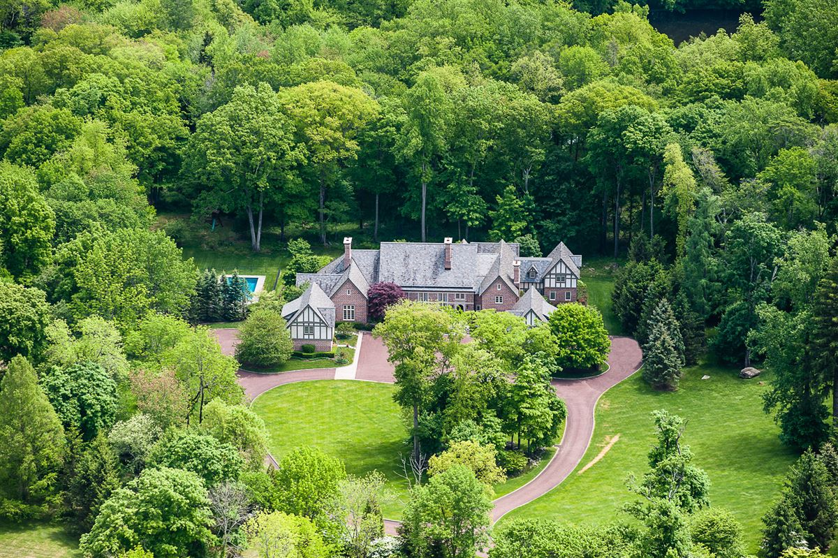 Luxury homes magnificent English Manor