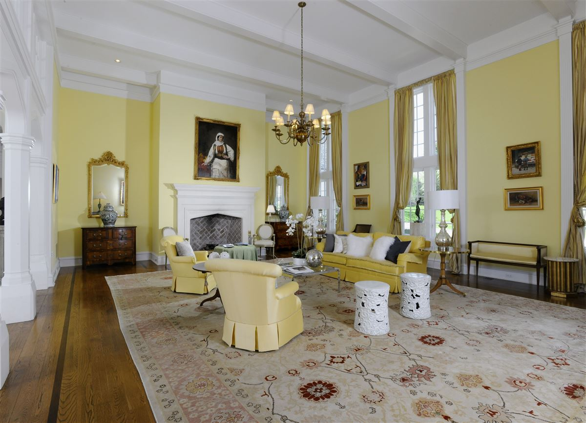 magnificent English Manor luxury properties
