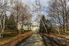 Luxury homes fully restored estate-worthy 1830s home