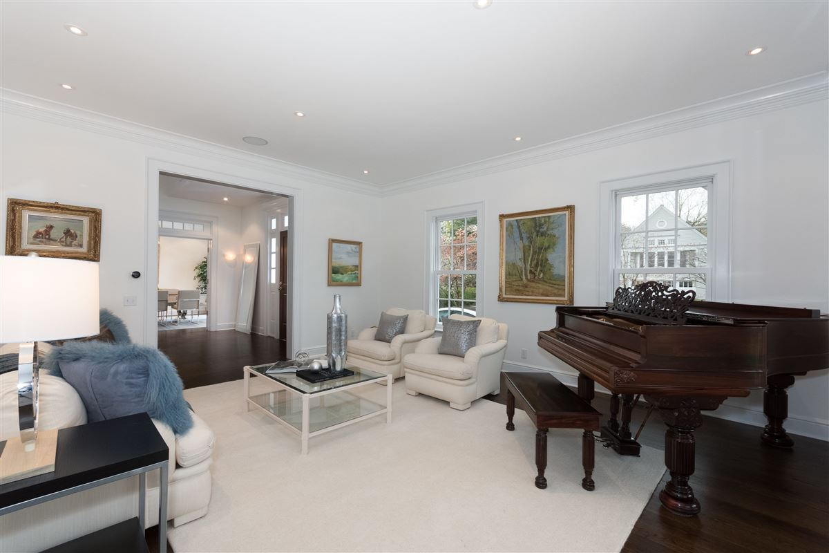 coveted Five Mile River Road luxury properties
