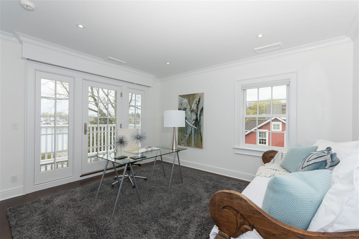 Luxury homes coveted Five Mile River Road