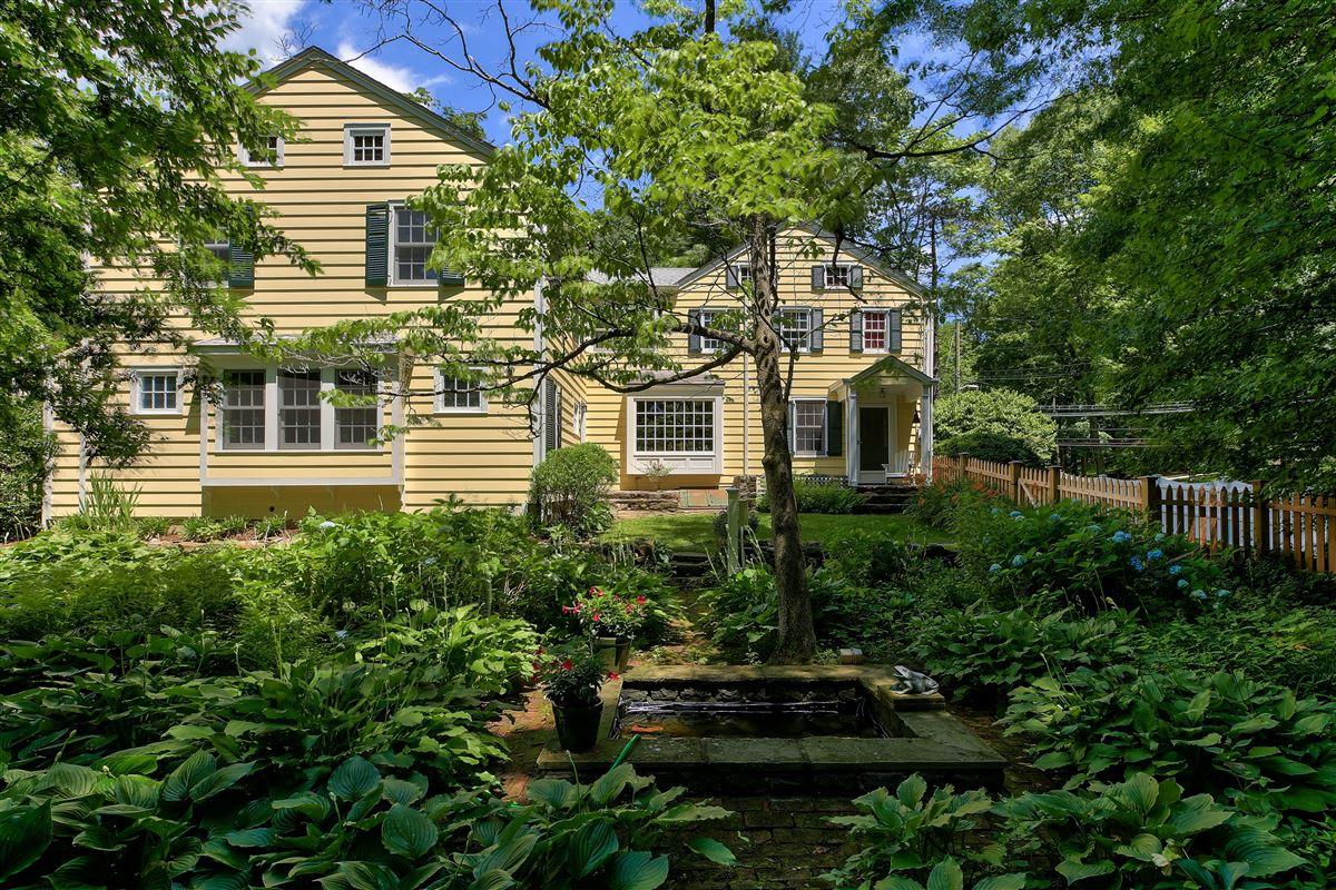 Stony Hollow Farm luxury homes