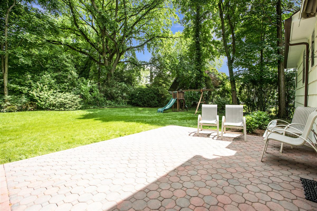 Mansions A unique opportunity in scarsdale