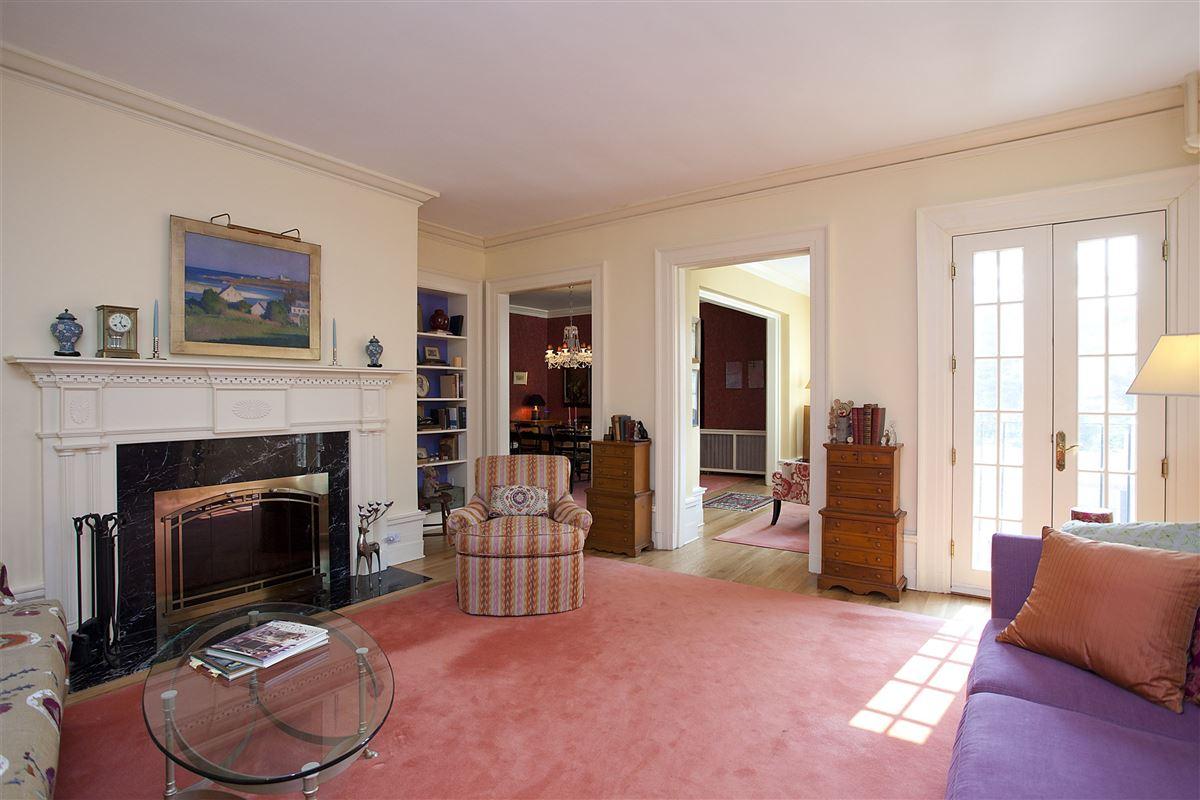 Exquisite Sunny Third Floor Apartment New York Luxury Homes