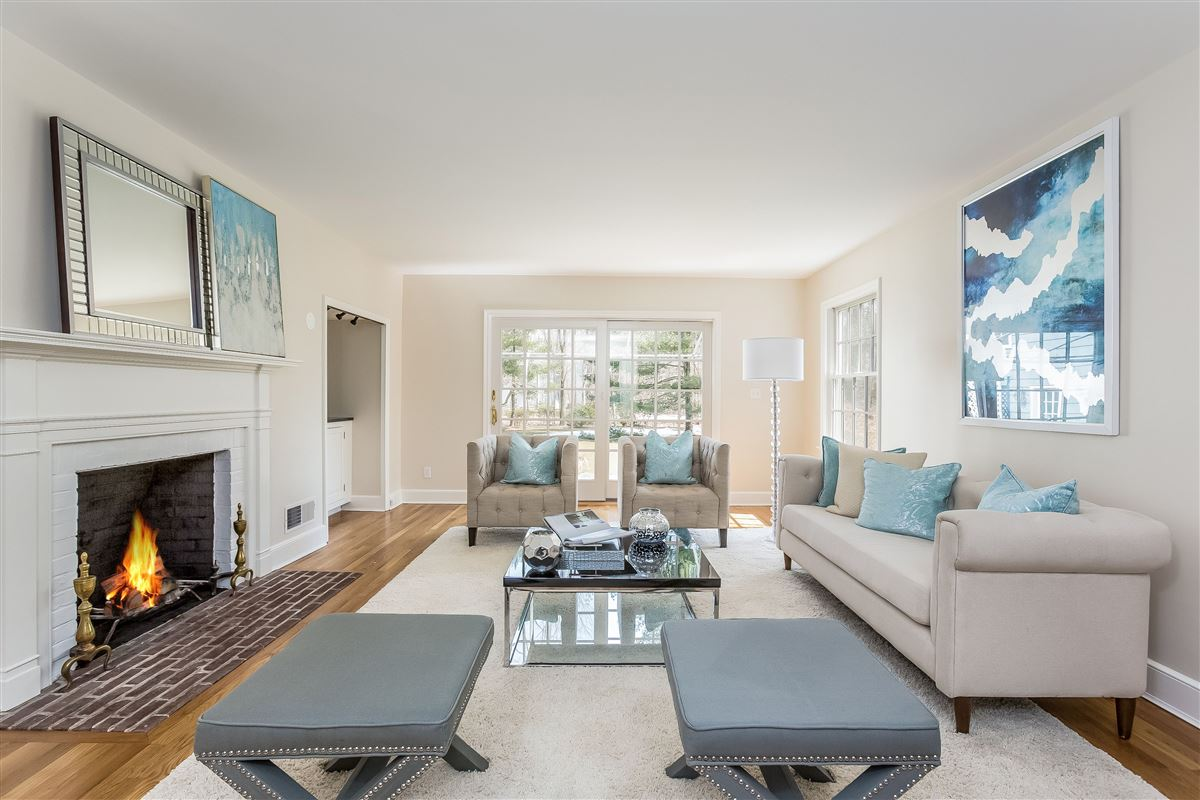 perfect blend of location and privacy luxury real estate