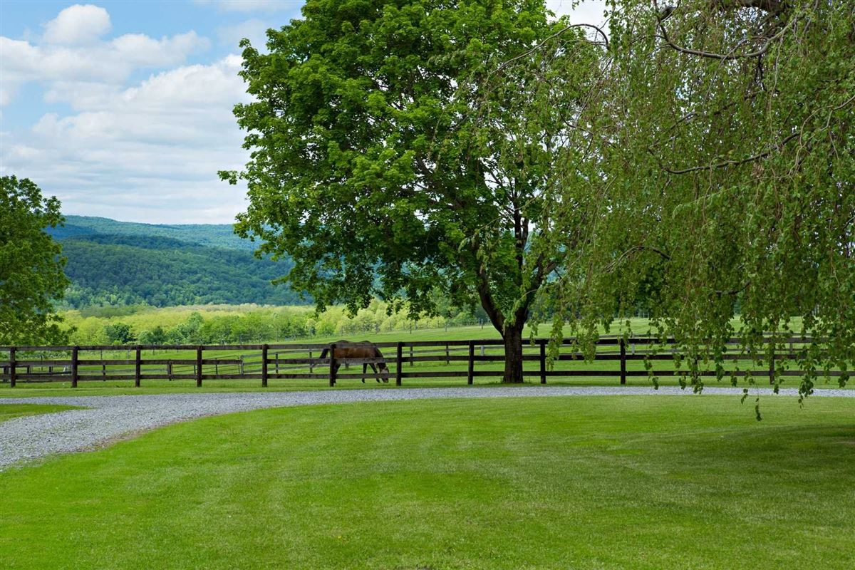six acre property on desirable Quaker Hill luxury properties