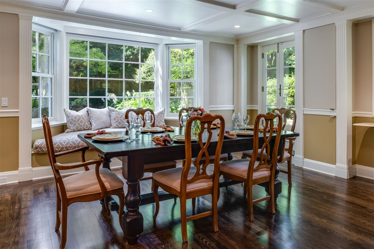 Luxury real estate meticulously restored and updated shingle country house