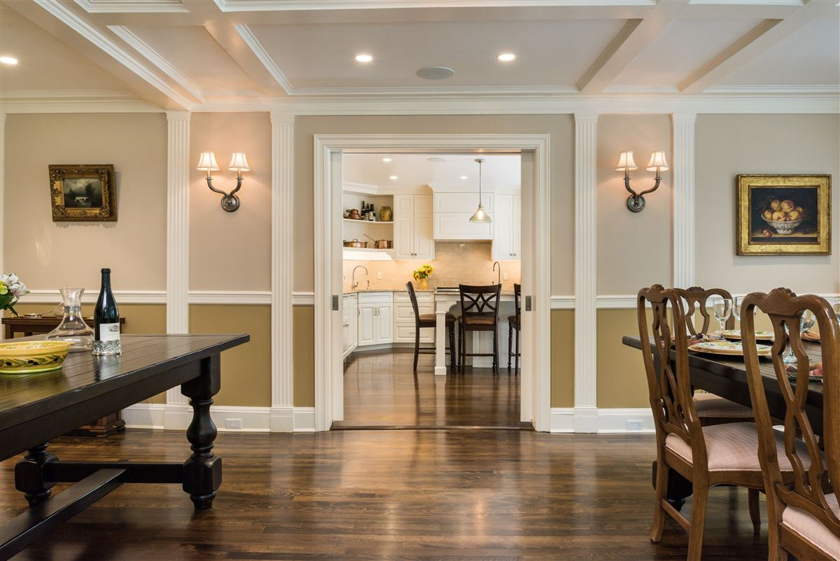 meticulously restored and updated shingle country house luxury real estate