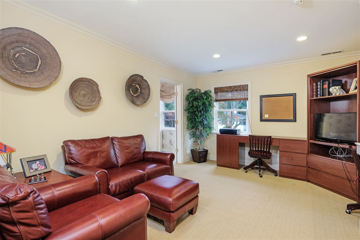 delightful home in the Pine Ridge Section of Rye Brook luxury homes