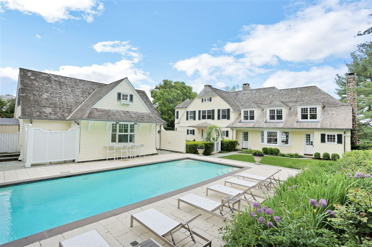 Spectacular custom shingle style Colonial  mansions