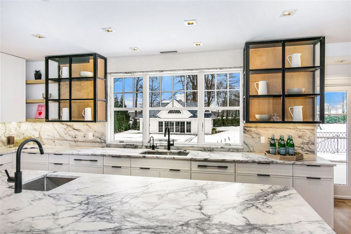 Custom Heathcote home luxury properties