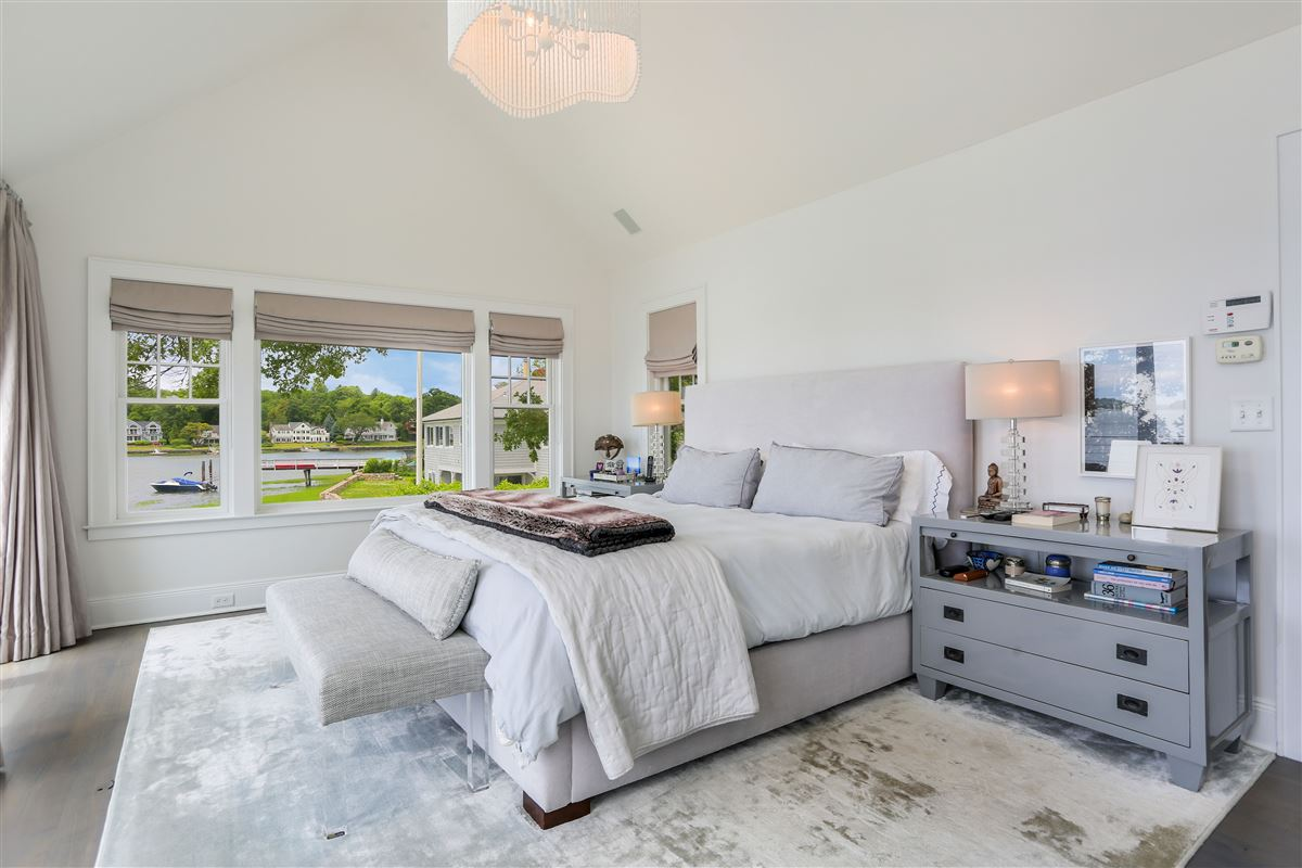 Luxury homes in updated five-bedroom waterfront home