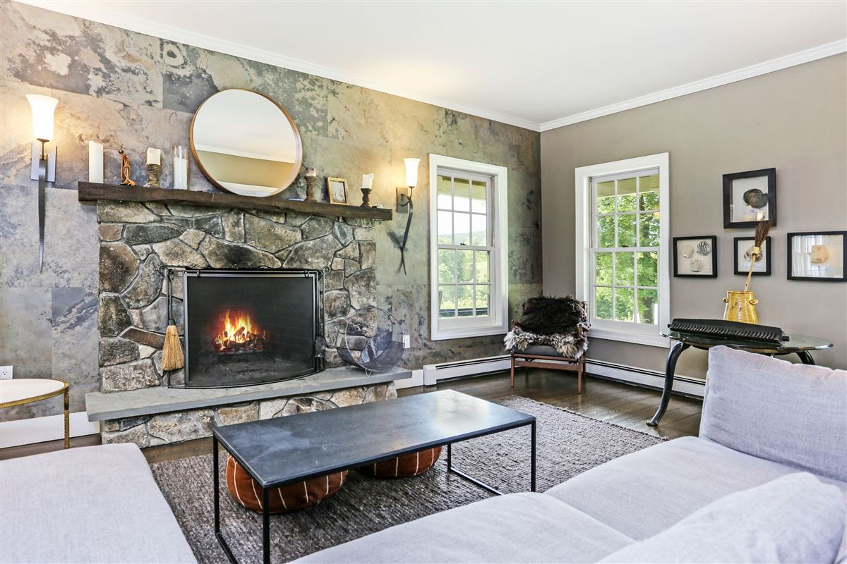 Grape Hollow luxury real estate
