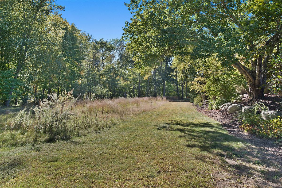 Mansions Cloverly Farm - magnificent 65 acre property