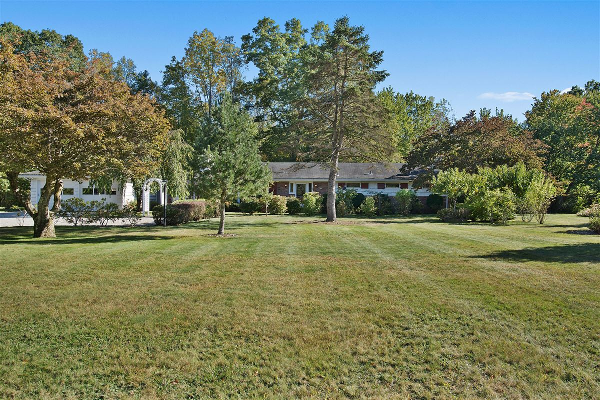 Cloverly Farm - magnificent 65 acre property mansions