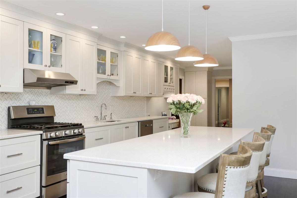 Luxury properties exquisite two-acre estate