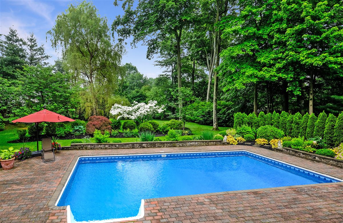 beautiful park like private property luxury real estate