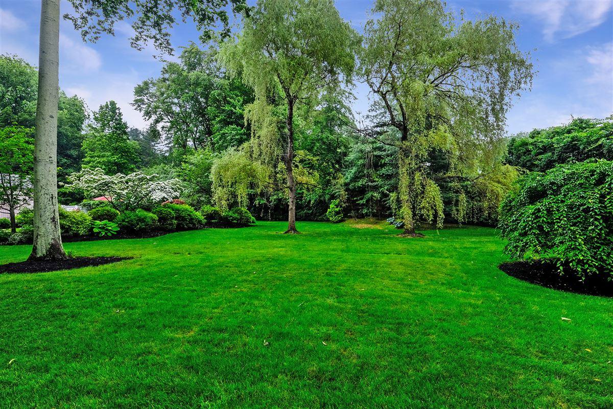 beautiful park like private property luxury properties