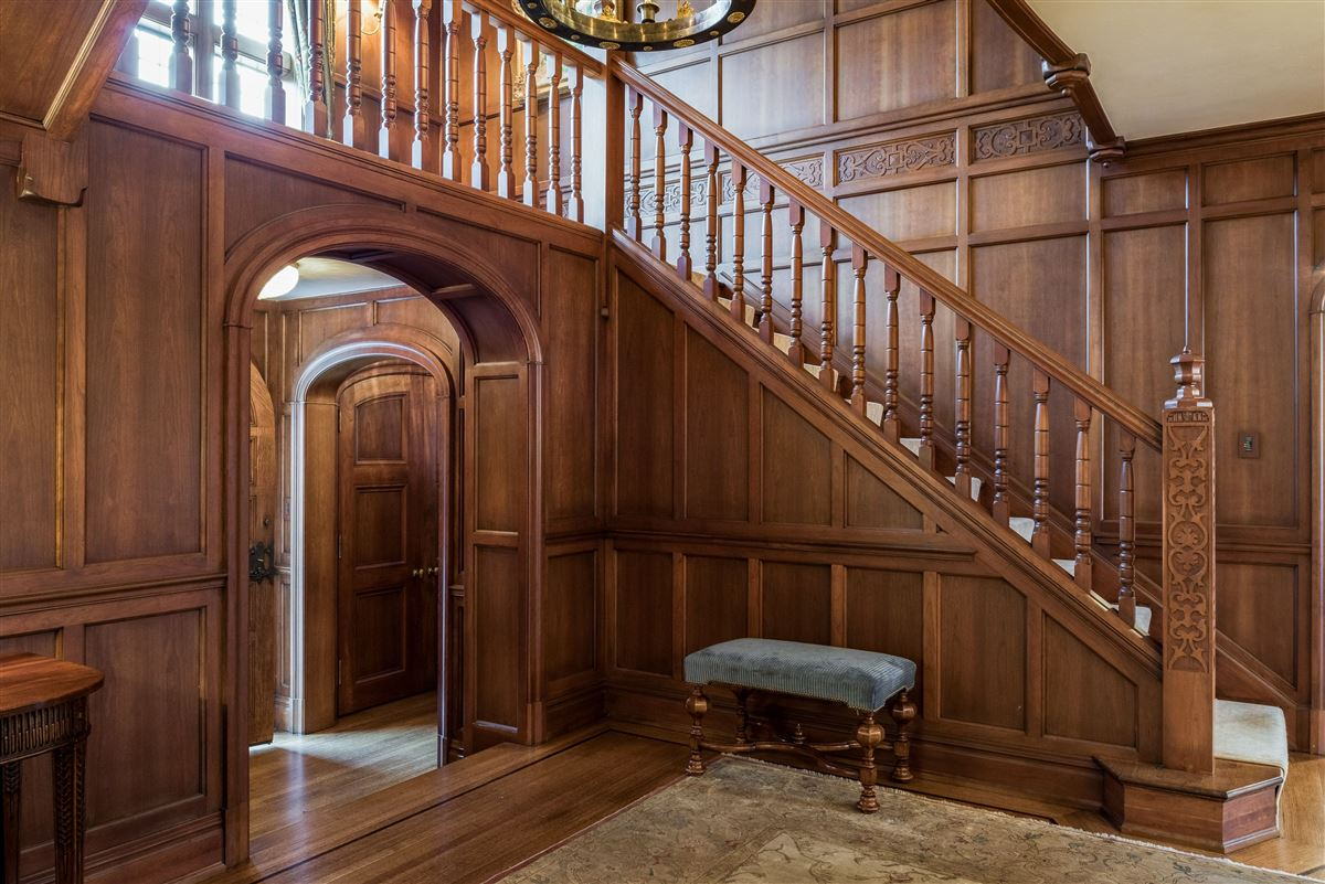 Luxury homes in updated Cotswold Tudor Revival in New York