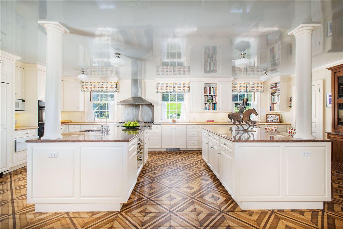 extraordinary Belle Haven waterfront estate luxury properties